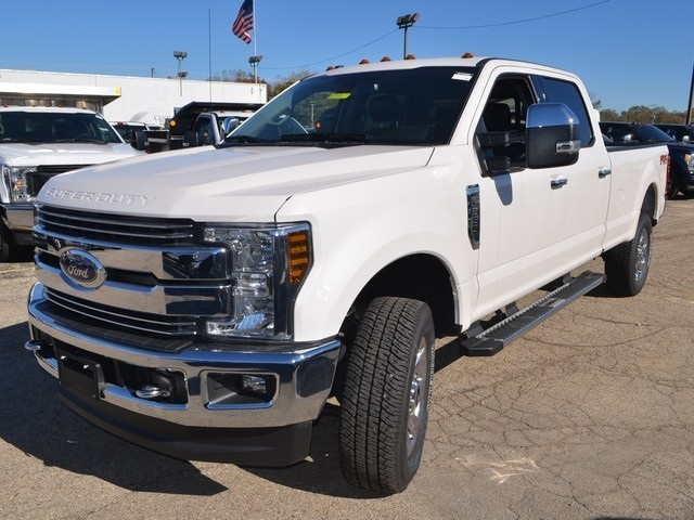 2018 F-350 Crew Cab 4x4,  Pickup #AT10365 - photo 8