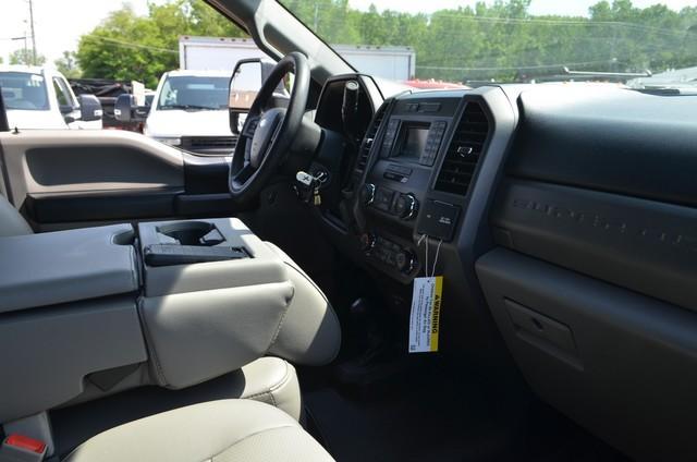2019 F-450 Regular Cab DRW 4x4,  Reading Landscaper SL Landscape Dump #AT10440 - photo 11