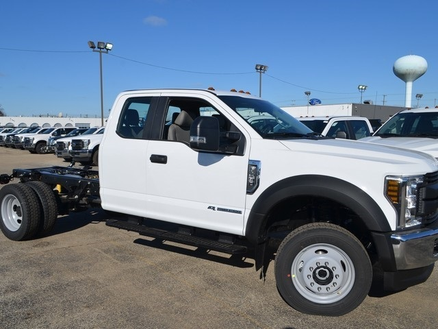 2019 F-450 Super Cab DRW 4x4,  Cab Chassis #AT10481 - photo 4