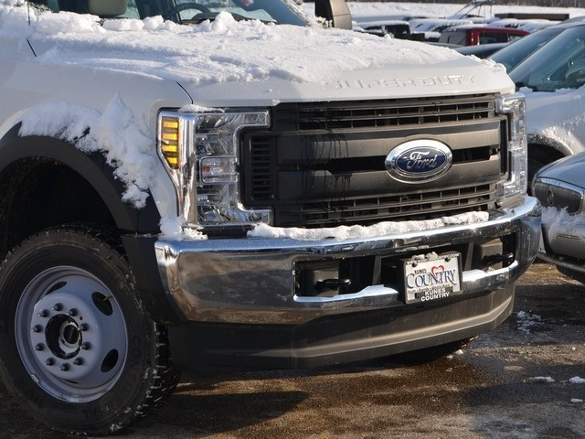 2018 F-550 Super Cab DRW 4x4,  Cab Chassis #AT10525 - photo 3
