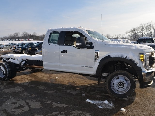 2018 F-550 Super Cab DRW 4x4,  Cab Chassis #AT10525 - photo 4