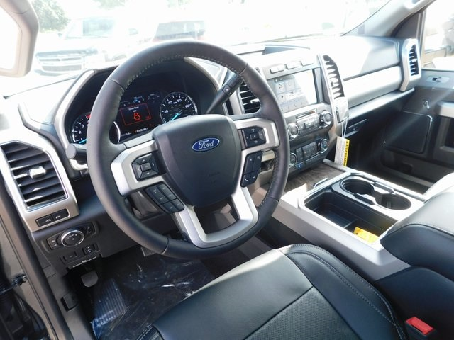 2019 F-250 Crew Cab 4x4,  Pickup #AT10597 - photo 4