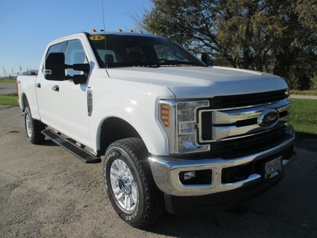 2019 F-250 Crew Cab 4x4,  Pickup #AT10670 - photo 5