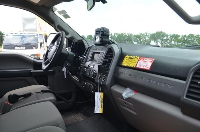 2019 F-550 Regular Cab DRW 4x4,  Monroe MTE-Zee SST Series Dump Body #AT11115 - photo 12