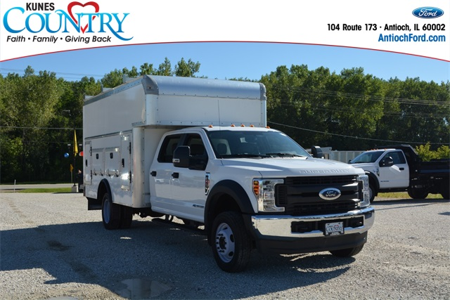 2019 Ford F-550 Crew Cab DRW 4x4, Service Utility Van #AT11804A - photo 1