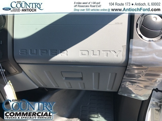 2016 F-350 Regular Cab DRW 4x2,  Rockport Cutaway Van #T7497 - photo 20