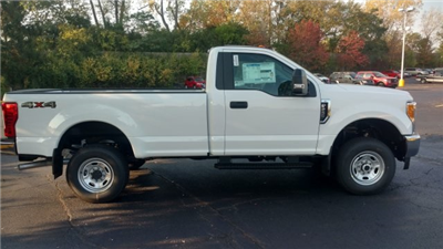 2017 F-250 Regular Cab 4x4 Pickup #TT21625 - photo 7