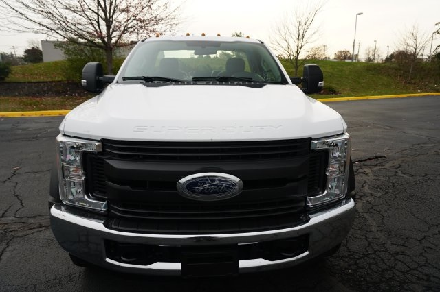 2018 F-550 Regular Cab DRW 4x4, Cab Chassis #TW50015 - photo 8