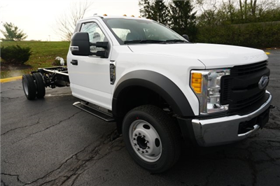 2018 F-550 Regular Cab DRW 4x4,  Cab Chassis #TW50015 - photo 7