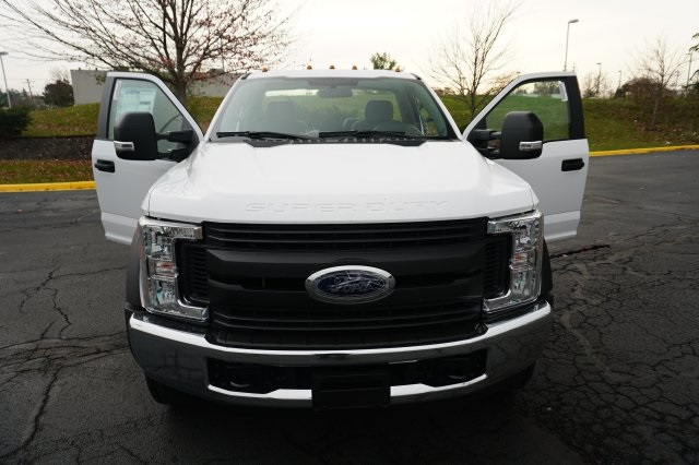 2018 F-550 Regular Cab DRW 4x4,  Cab Chassis #TW50026 - photo 18