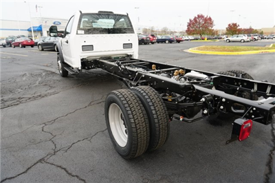 2018 F-550 Regular Cab DRW 4x4, Cab Chassis #TW50026 - photo 2