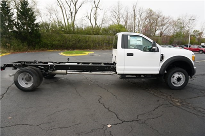 2018 F-550 Regular Cab DRW 4x4, Cab Chassis #TW50026 - photo 6