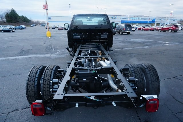 2018 F-550 Regular Cab DRW, Cab Chassis #TW50044 - photo 4