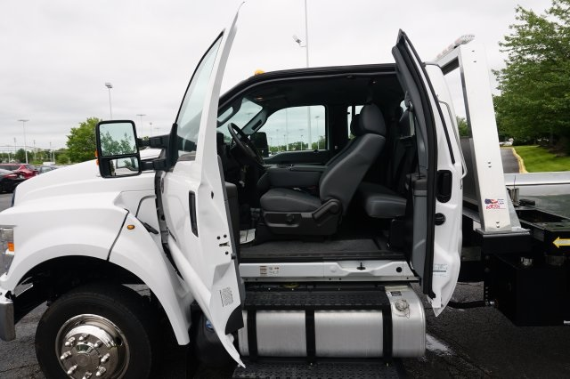 2018 F-650 Super Cab DRW,  Cab Chassis #TW50104 - photo 19