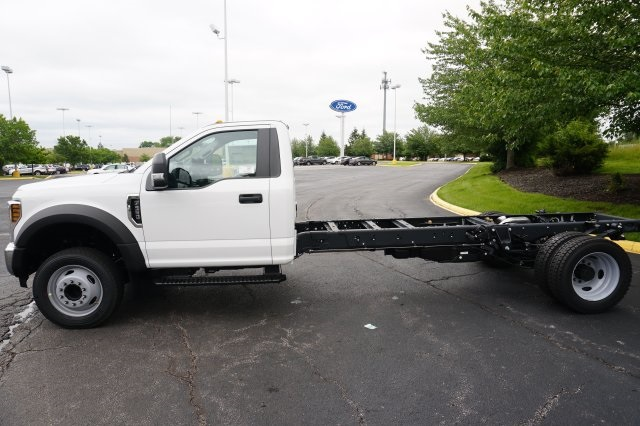 2018 F-550 Regular Cab DRW,  Cab Chassis #TW50289 - photo 3