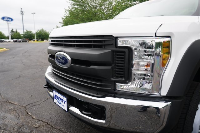 2018 F-550 Regular Cab DRW,  Cab Chassis #TW50289 - photo 9