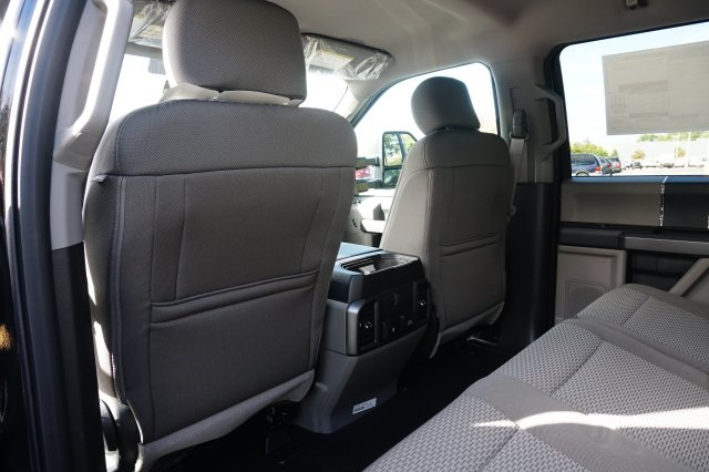 2019 F-250 Crew Cab 4x4,  Pickup #TX50070 - photo 17