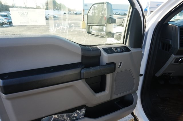 2019 F-550 Regular Cab DRW 4x2,  Cab Chassis #TX50251 - photo 10