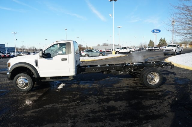 2019 F-550 Regular Cab DRW 4x2,  Cab Chassis #TX50251 - photo 3
