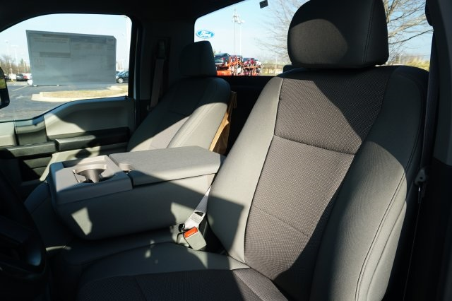 2019 F-550 Regular Cab DRW 4x2,  Cab Chassis #TX50267 - photo 10
