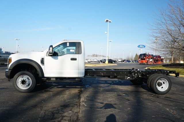 2019 F-550 Regular Cab DRW 4x2,  Cab Chassis #TX50267 - photo 3