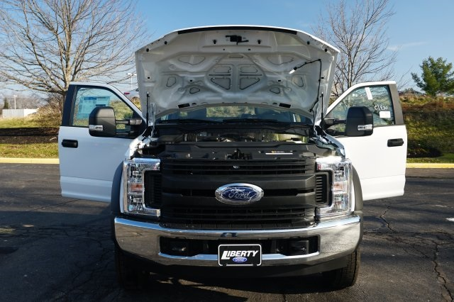 2019 F-550 Regular Cab DRW 4x2,  Cab Chassis #TX50267 - photo 8
