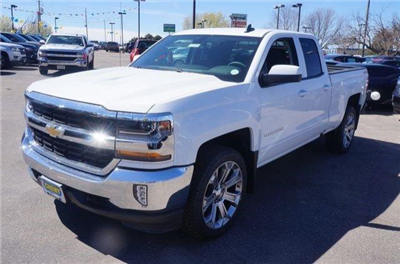 2017 Silverado 1500 Double Cab 4x4, Pickup #133264 - photo 4