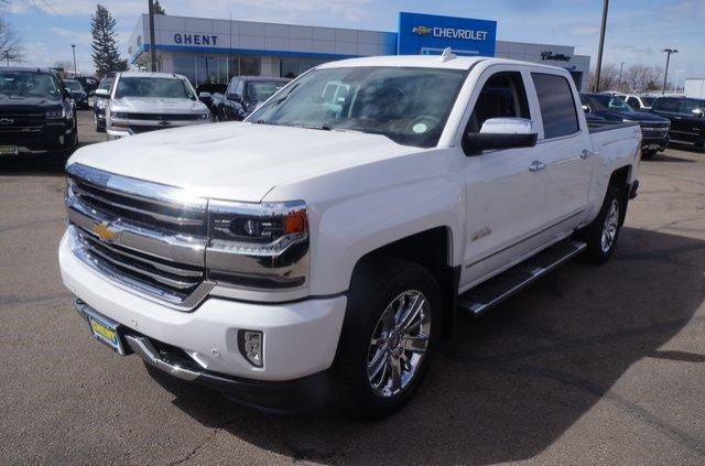 2017 Silverado 1500 Crew Cab 4x4 Pickup #133270 - photo 4