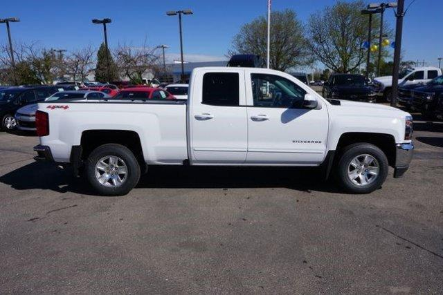 2017 Silverado 1500 Double Cab 4x4 Pickup #133293 - photo 3