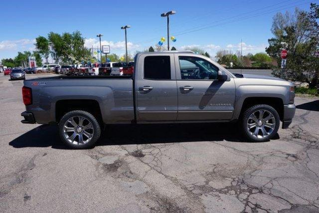 2017 Silverado 1500 Double Cab 4x4 Pickup #133294 - photo 3