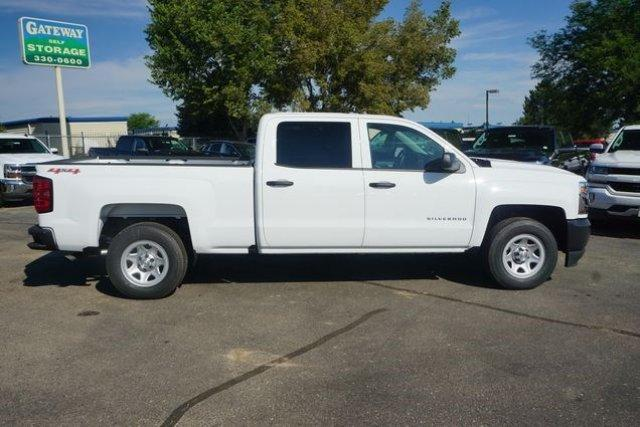 2017 Silverado 1500 Crew Cab 4x4, Pickup #133470 - photo 3