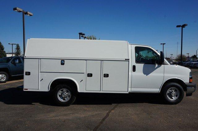 2017 Express 3500 Service Utility Van #133540 - photo 3