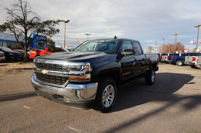 2018 Silverado 1500 Double Cab 4x4, Pickup #133581 - photo 4