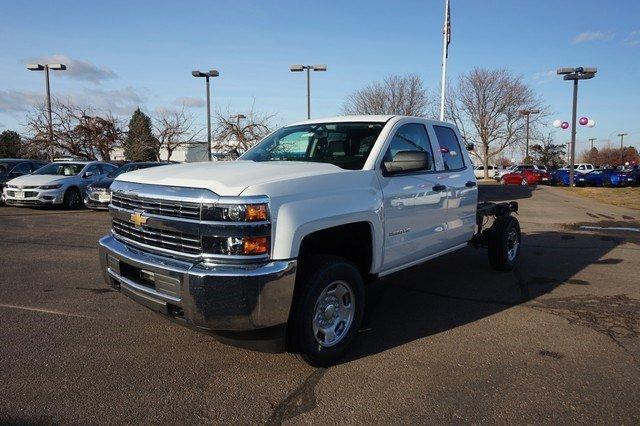 2018 Silverado 2500 Double Cab 4x4, Cab Chassis #133589 - photo 5