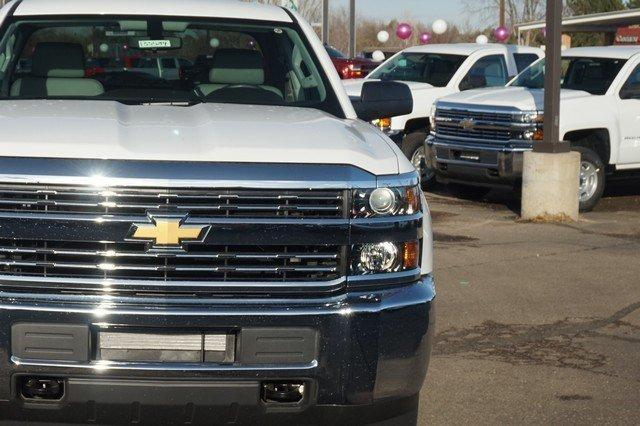 2018 Silverado 2500 Double Cab 4x4, Cab Chassis #133589 - photo 7