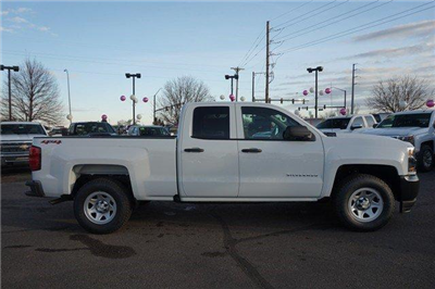 2018 Silverado 1500 Double Cab 4x4, Pickup #133600 - photo 3