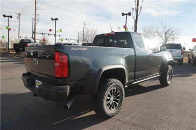 2018 Colorado Extended Cab 4x4, Pickup #133656 - photo 2
