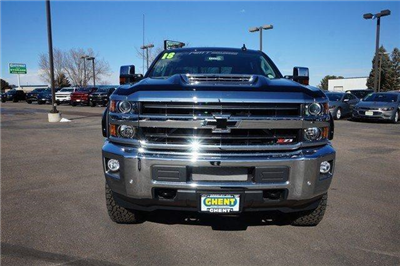 2018 Silverado 2500 Crew Cab 4x4, Pickup #133704 - photo 5