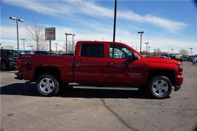 2018 Silverado 1500 Crew Cab 4x4, Pickup #133774 - photo 3