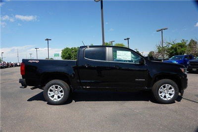 2018 Colorado Crew Cab 4x4,  Pickup #133905 - photo 3