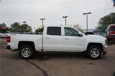 2018 Silverado 1500 Crew Cab 4x4,  Pickup #133978 - photo 3