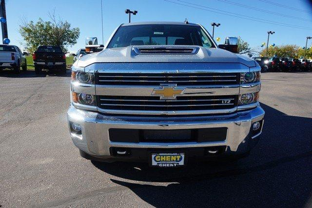2018 Silverado 2500 Crew Cab 4x4,  Pickup #134200 - photo 5