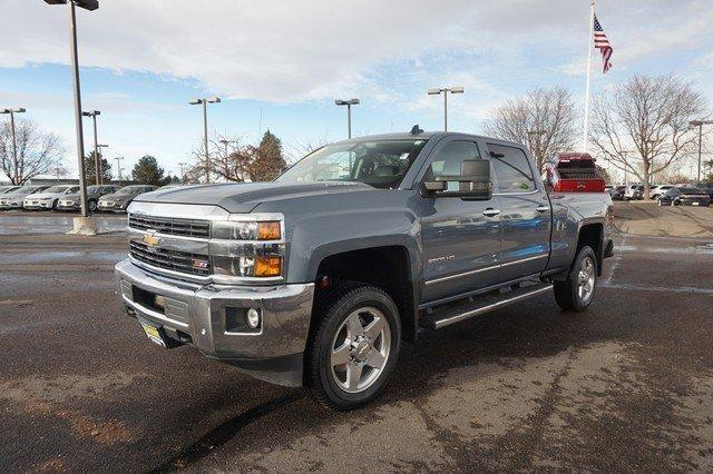 2015 Silverado 2500 Crew Cab 4x4 Pickup #19081 - photo 4