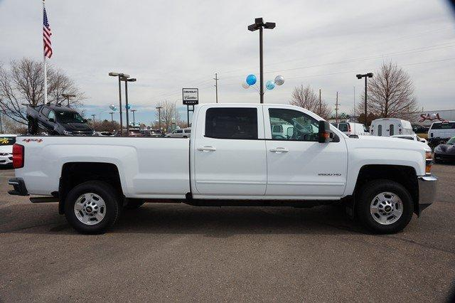 2017 Silverado 2500 Crew Cab 4x4, Pickup #19291 - photo 3