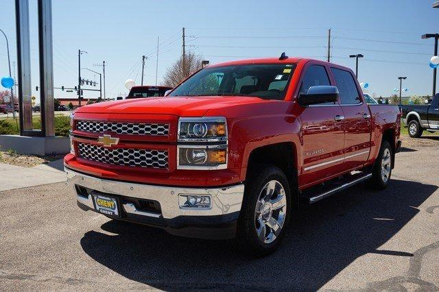 2015 Silverado 1500 Crew Cab 4x4, Pickup #19334 - photo 4