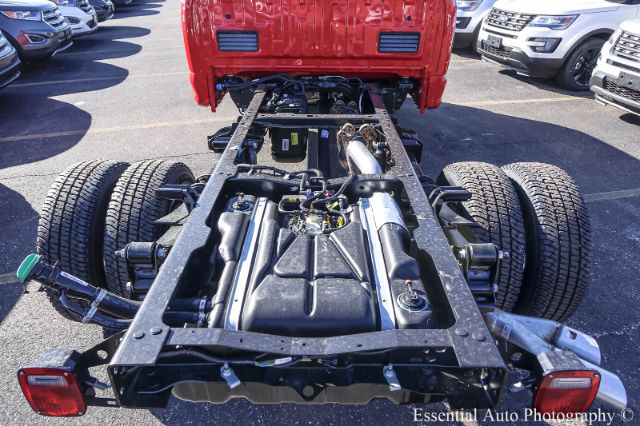 2017 F-350 Regular Cab DRW 4x4 Cab Chassis #171080 - photo 17