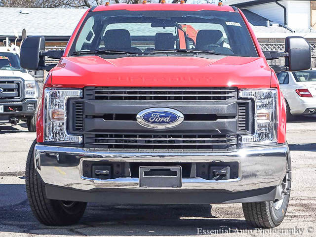 2017 F-350 Super Cab DRW Cab Chassis #171331 - photo 5