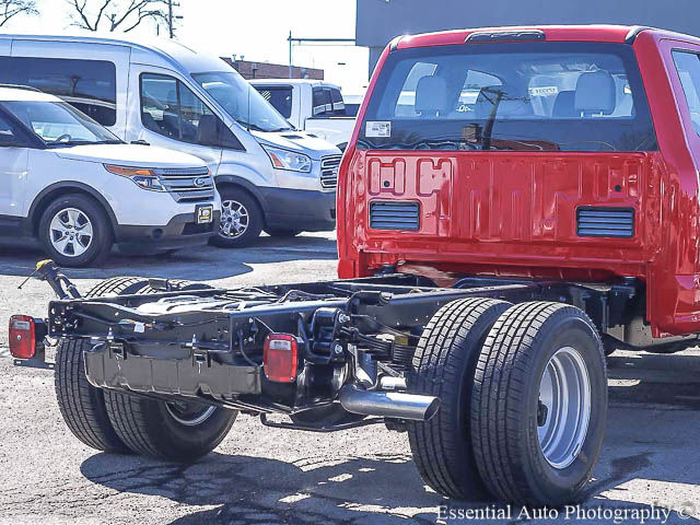 2017 F-350 Super Cab DRW Cab Chassis #171331 - photo 9