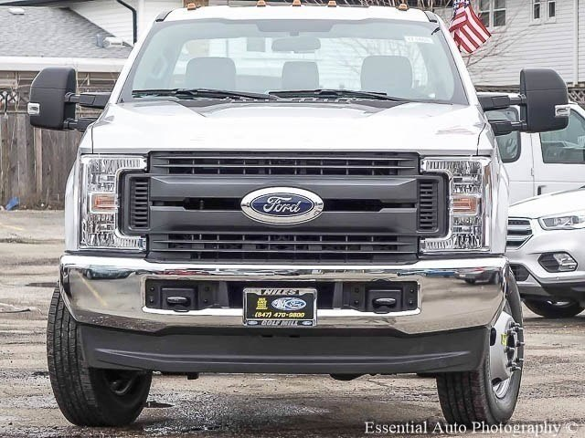 2017 F-350 Regular Cab DRW 4x4 Cab Chassis #171468 - photo 5