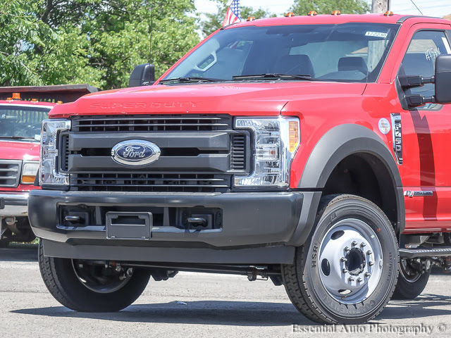 2017 F-450 Regular Cab DRW Cab Chassis #172230 - photo 3